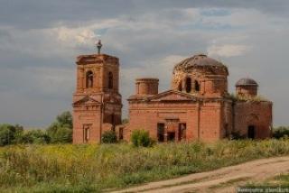 Церковь в деревне Шапши